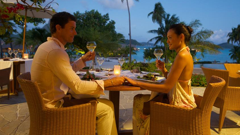 Bora Bora Pearl Beach Resort & Spa - restaurant