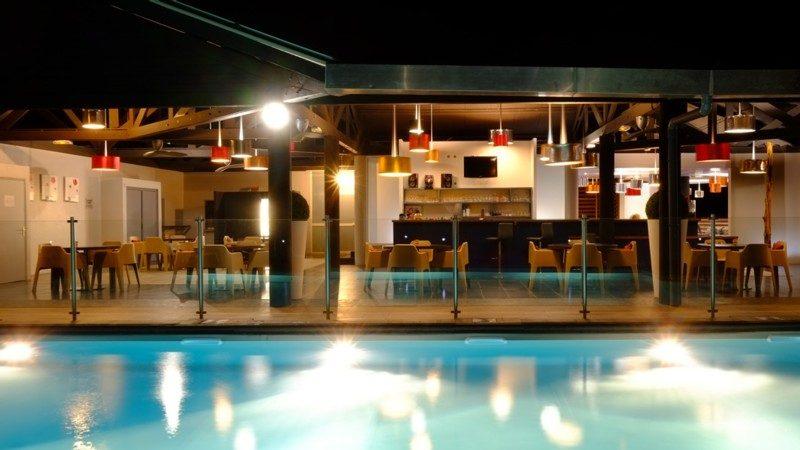 Hotel_Atlantis_-_piscine